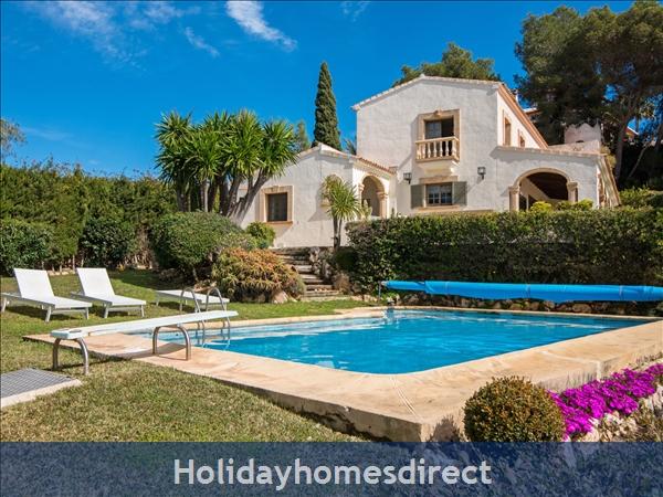 Holiday House Ambolo