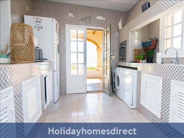 Holiday House Ambolo: Image 9