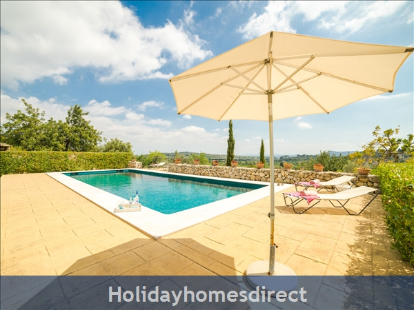 Holiday House Son Maguet