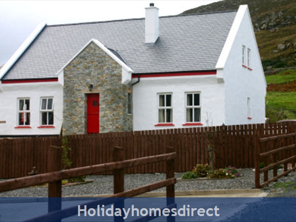Amazing Roses Cottage Clonmany Donegal Self Catering Holiday Download Free Architecture Designs Ferenbritishbridgeorg