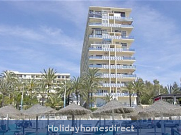 Marbella - Luxurious Front Row Skol Private Apartment, With Stunning Sea-views From 2 Huge Terraces.  Registered With Spanish Tourism: from the beach, front t on the 3rd floor