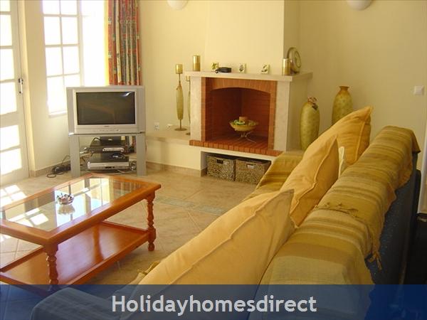 Ponta Grande, Sao Rafael, 2 Bedroom, 2 Bathroom Algarve Holiday Home: Image 4