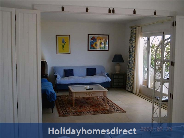 Beachfront Villas: Lounge